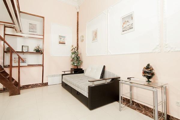 2-комнатная квартира посуточно в Одессе. Приморский район, ул. Греческая, 50. Фото 1