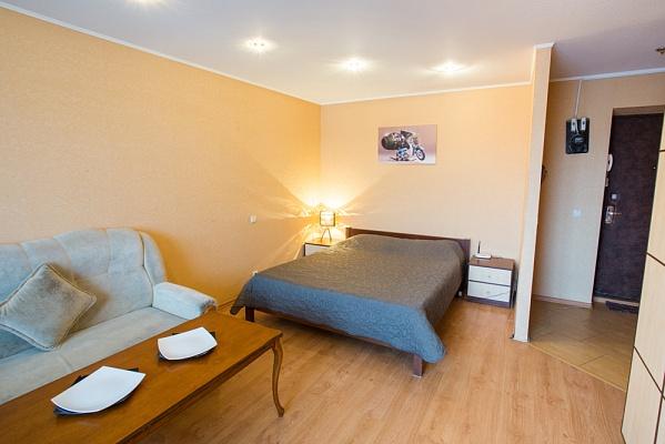 1-комнатная квартира посуточно в Харькове. Дзержинский район, пр-т Науки, 41. Фото 1