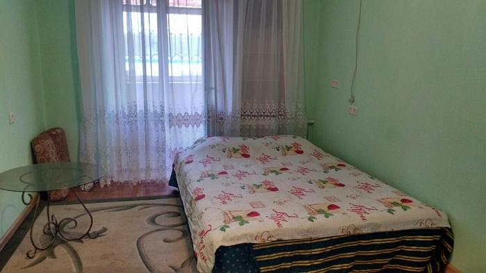 1-комнатная квартира посуточно в Киеве. ул. Владимиро-Лыбидская, 16. Фото 1