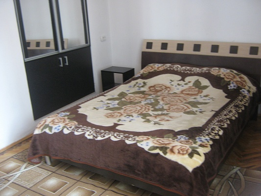 1-комнатная квартира посуточно в Львове. Галицкий район, ул. Гнатюка, 12. Фото 1