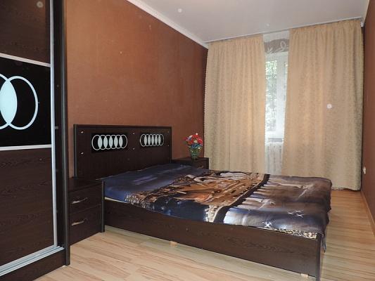 2-комнатная квартира посуточно в Львове. Франковский район, ул. Владимира Великого, 41. Фото 1