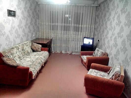 2-комнатная квартира посуточно в Севастополе. Нахимовский район, ул. Михайловская, 5. Фото 1