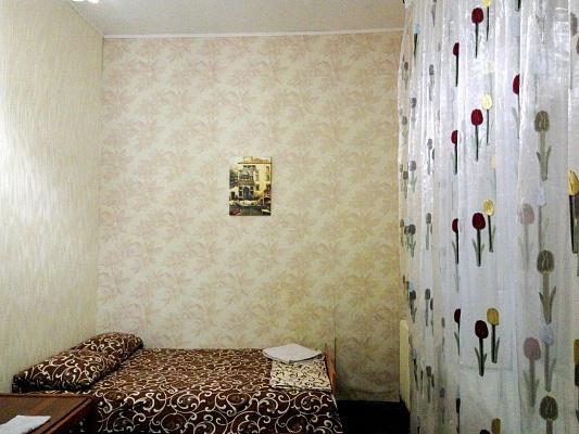 2-комнатная квартира посуточно в Одессе. Приморский район, пл. Греческая, 38. Фото 1