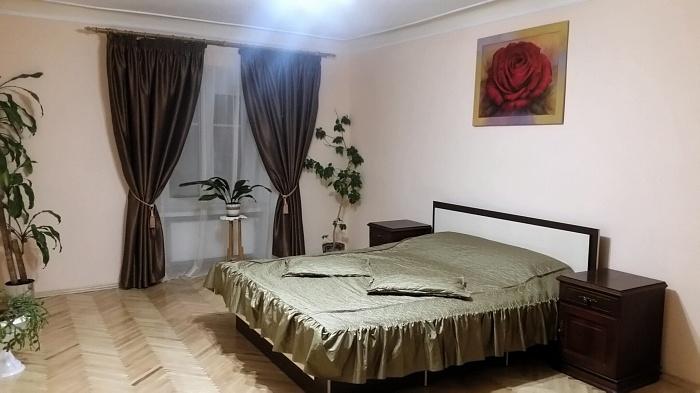 2-комнатная квартира посуточно в Львове. Галицкий район, ул. Армянская, 25. Фото 1