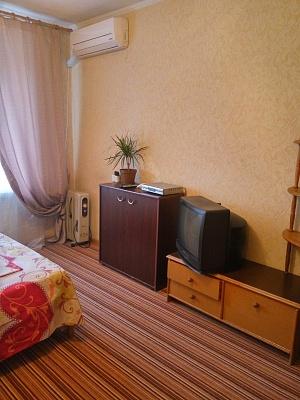 1-комнатная квартира посуточно в Киеве. Подольский район, ул. Телиги, 57. Фото 1