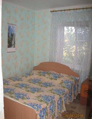 Мини-отель  посуточно в Генической Горке. пер. Садовый, 5А. Фото 1