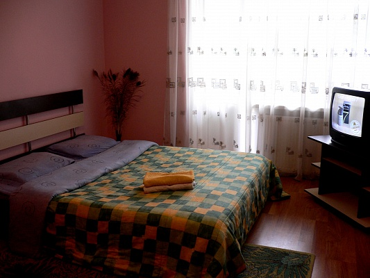 2-комнатная квартира посуточно в Тернополе. пер. Цегельный, 7а. Фото 1