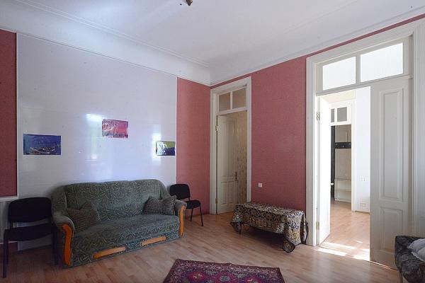 3-комнатная квартира посуточно в Киеве. Печерский район, ул. Бассейная, 3. Фото 1