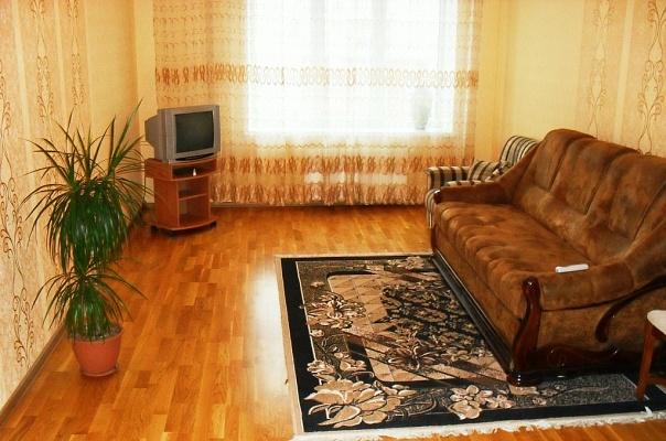 3-комнатная квартира посуточно в Виннице. Ленинский район, ул. Зодчих, 12. Фото 1