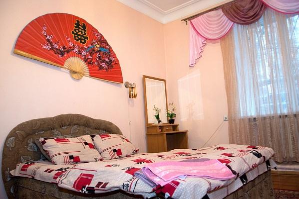 1-комнатная квартира посуточно в Полтаве. Ленинский район, ул. Ленина, 59/2. Фото 1