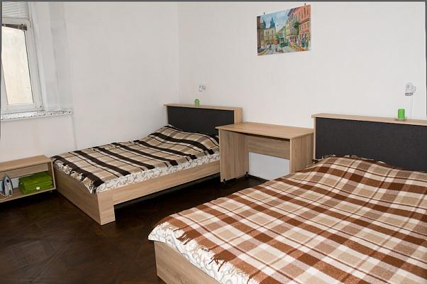 1-комнатная квартира посуточно в Львове. Галицкий район, ул. Армянская, 35. Фото 1