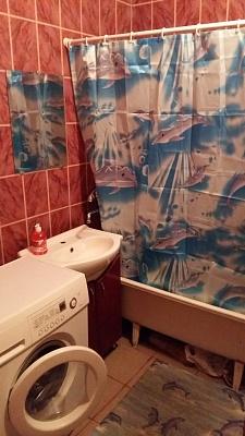1-комнатная квартира посуточно в Сумах. Заречный район, ул. Сумско-Киевских Дивизий, 1. Фото 1