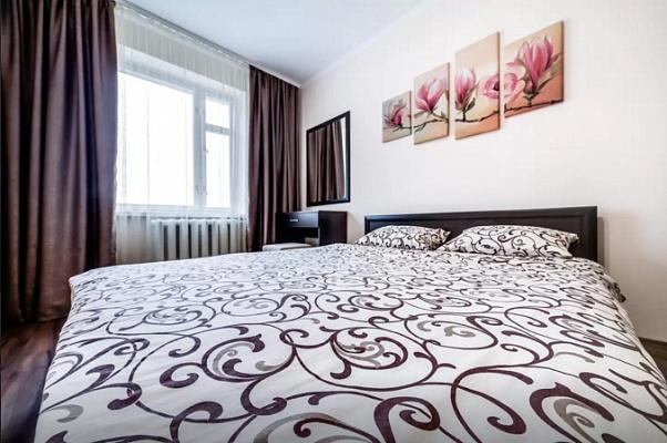 2-комнатная квартира посуточно в Львове. Сыховский район, ул. Хоткевича, 30. Фото 1