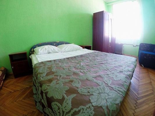 3-комнатная квартира посуточно в Львове. Галицкий район, пр-т Свободы, 24. Фото 1