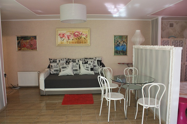 1-комнатная квартира посуточно в Мукачево. ул. Латоричная, 3. Фото 1