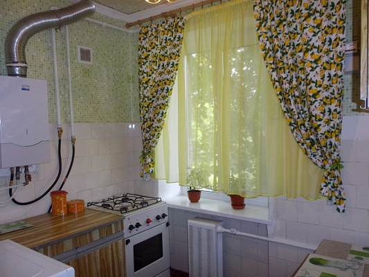 2-комнатная квартира посуточно в Киеве. Голосеевский район, пр-т Науки, 39. Фото 1