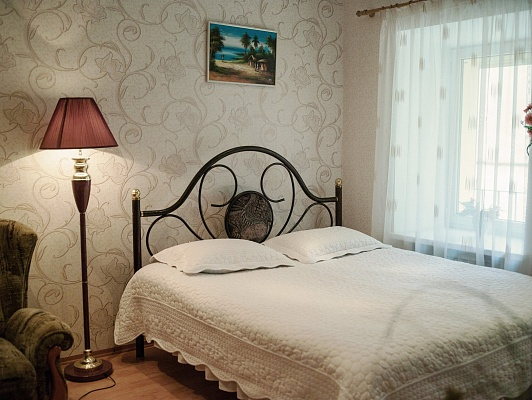 1-комнатная квартира посуточно в Севастополе. Ленинский район, ул. Ленина, 16. Фото 1