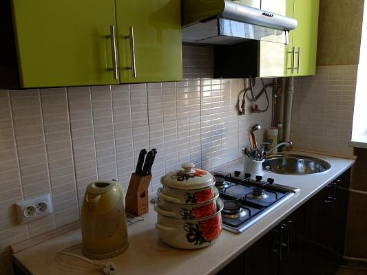 2-комнатная квартира посуточно в Виннице. Старогородский район, пр-т Коцюбинского, 37. Фото 1