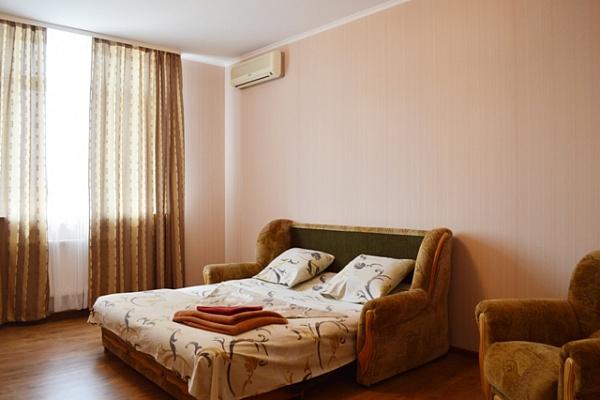 1-комнатная квартира посуточно в Киеве. Днепровский район, ул. Воскресенская, 16В. Фото 1