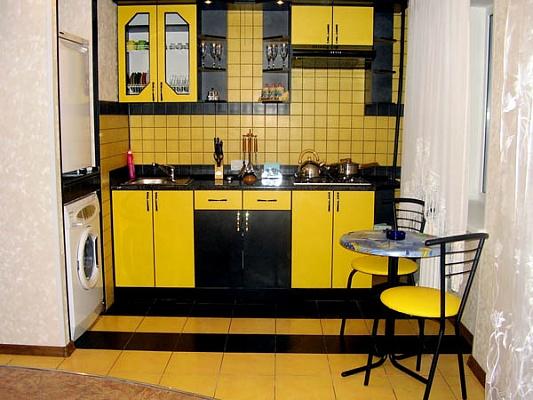 1-комнатная квартира посуточно в Николаеве. Центральный район, ул. Инженерная, 17. Фото 1