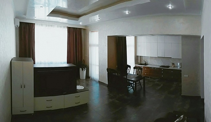 1-комнатная квартира посуточно в Ивано-Франковске. ул. Владимира Великого, 13. Фото 1