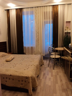 1-комнатная квартира посуточно в Макеевке. пр-т Генерала Данилова, 65. Фото 1