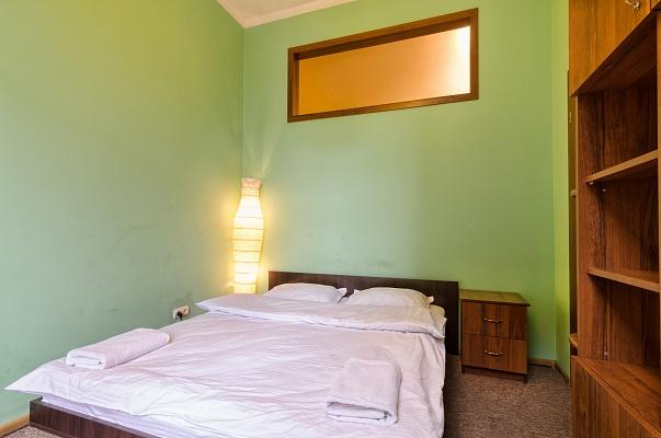 3-комнатная квартира посуточно в Львове. Галицкий район, пл. Соборная, 3. Фото 1