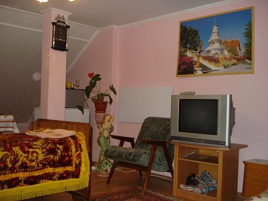 Комната  посуточно в Трускавце. ул. Л. Украинки. Фото 1