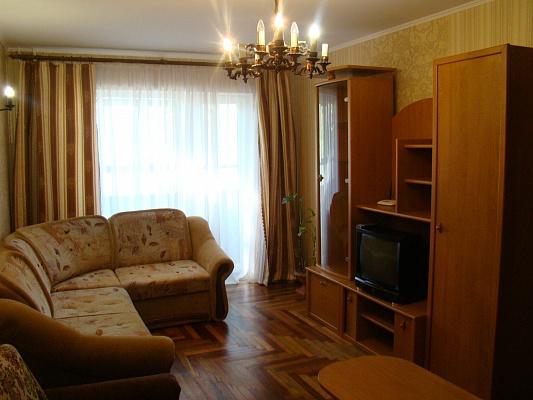 2-комнатная квартира посуточно в Запорожье. Жовтневый район, ул. Грязнова, 5. Фото 1