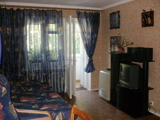 1-комнатная квартира посуточно в Одессе. Приморский район, ул. Сегедская, 2. Фото 1