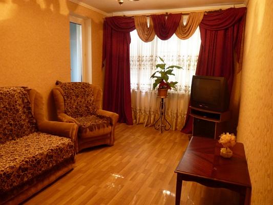 3-комнатная квартира посуточно в Николаеве. Центральный район, ул. Комсомольская, 43. Фото 1