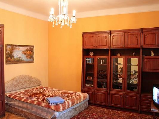 2-комнатная квартира посуточно в Ровно. Автовокзал. Фото 1