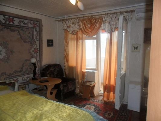 2-комнатная квартира посуточно в Партените. ул. Победы, 17. Фото 1
