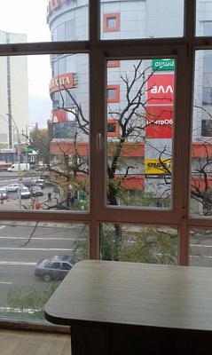 2-комнатная квартира посуточно в Киеве. Днепровский район, пр-т Мира, 2/3. Фото 1