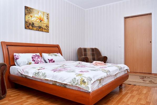 1-комнатная квартира посуточно в Киеве. Днепровский район, ул. Всеволода Нестайко. Фото 1