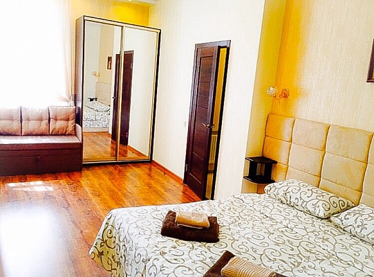 2-комнатная квартира посуточно в Одессе. Приморский район, б-р Французский, 22, корпус 5. Фото 1
