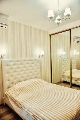 1-комнатная квартира посуточно в Одессе. Приморский район, ул. Еврейская, 20. Фото 1