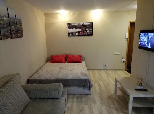 1-комнатная квартира посуточно в Одессе. Киевский район, пр-т Адмиральский, 1-А. Фото 1