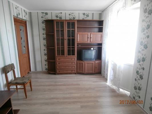 2-комнатная квартира посуточно в Сергеевке. пгт. Сергеевка. Фото 1