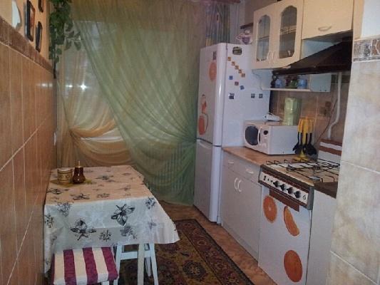 2-комнатная квартира посуточно в Тернополе. ул. Купчинского, 9. Фото 1
