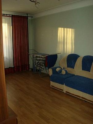 2-комнатная квартира посуточно в Каменце-Подольском. ул. Князей Кориатовичей. Фото 1