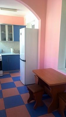 3-комнатная квартира посуточно в Одессе. Приморский район, ул. Дерибасовская, 16. Фото 1