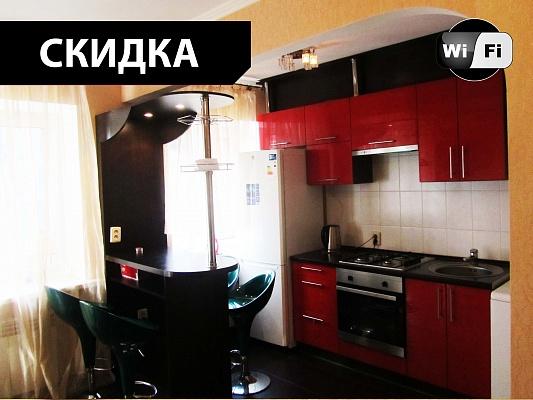 2-комнатная квартира посуточно в Днепропетровске. Кировский район, ул. Пастера, 20. Фото 1