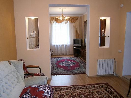 2-комнатная квартира посуточно в Одессе. Суворовский район, ул. Черном. казачества, 43. Фото 1
