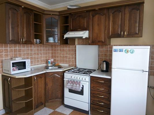 2-комнатная квартира посуточно в Тернополе. ул. Вербицкого, 22. Фото 1
