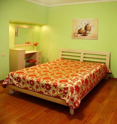 1-комнатная квартира посуточно в Одессе. Приморский район, ул. Осипова, 30. Фото 1