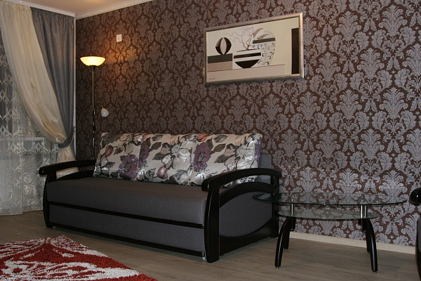 1-комнатная квартира посуточно в Горловке. ул.Рудакова, 43. Фото 1