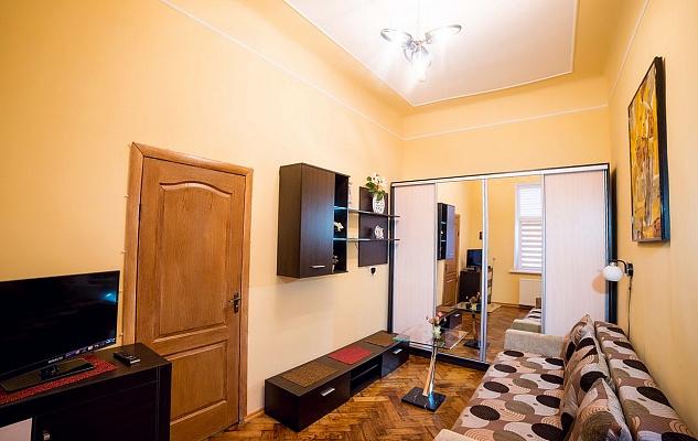 2-комнатная квартира посуточно в Львове. Галицкий район, ул. Волошина, 4. Фото 1