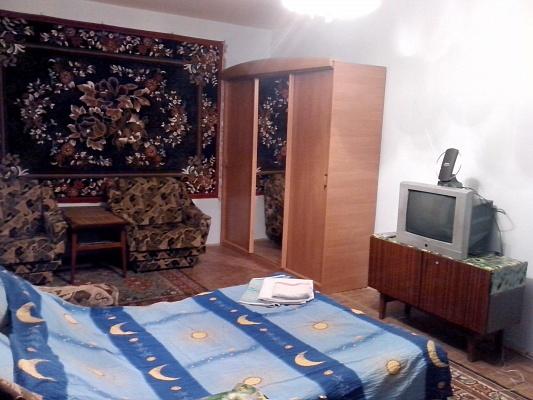 1-комнатная квартира посуточно в Львове. Сиховский район, ул. Демнянская, 8. Фото 1