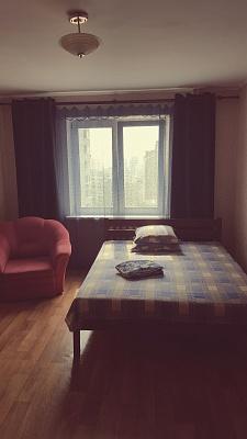 1-комнатная квартира посуточно в Киеве. Деснянский район, ул. Закревского, 95. Фото 1